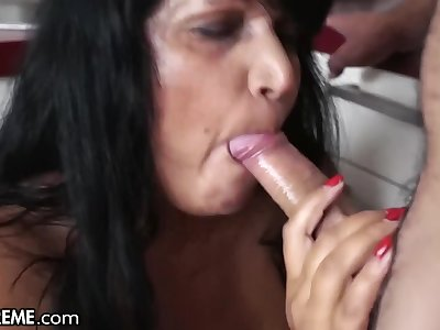 21Sextreme Large Grandma gets Ass Plowed